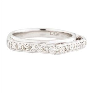 14K White Gold Real Diamond Pointed Band Size 5
